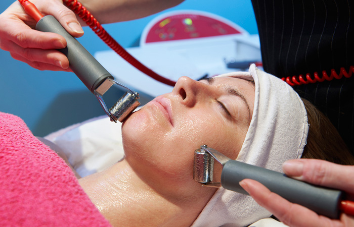 Facial Using Galvanic in and near Naples Florida